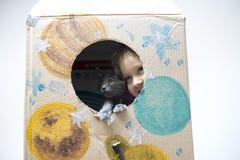 Astronauta pequeno pronto para viajar às estrelas Imagem de Stock