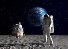 Astronauta sulla luna Fotografie Stock Libere da Diritti
