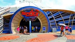 Astronautyczna halna przejażdżka przy Disneyland Hong kong Fotografia Stock