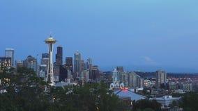 Astronautyczna igła w Seattle przy półmrokiem zdjęcie wideo