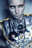 Astronautyczna kobieta w srebnym akcesorium Zdjęcia Stock