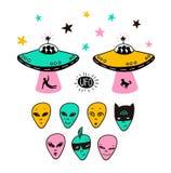 Astronautyczne ikony ustawiać rakiety, ufo twarze, ręka rysująca wektorowa ilustracja Fotografia Royalty Free