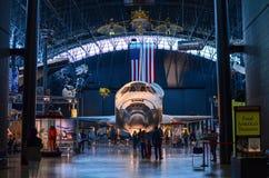 Astronautycznego wahadłowa odkrycie przy Krajowym powietrzem i Astronautycznym muzeum - mgławy centrum Zdjęcia Royalty Free