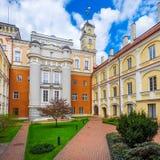Astronomiczny Obserwatorski podwórze przy Vilnius uniwersytetem, Lithuania fotografia stock
