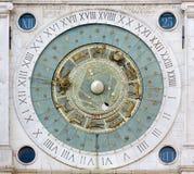 Astronomiczny zegar w piazza dei Signori w Padua obraz stock