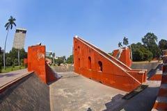 Astronomisch waarnemingscentrum Jantar Mantar in Delhi stock foto's