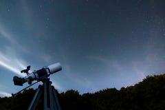 Astronomische de hemelconstellatie Ursa Major, Ursa van de Telescoopnacht Royalty-vrije Stock Foto