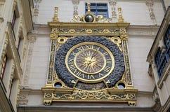 Astronomische klok bij Rue du Gros-Horloge (1389) Stock Fotografie