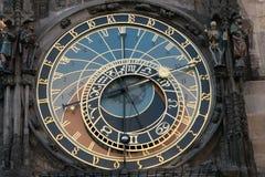 Astronomische klok in de oude stad Praha, Tsjechische Republiek stock afbeeldingen