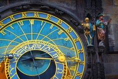 Astronomisk klocka i den gamla staden av Prague Fotografering för Bildbyråer