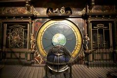 Astronomisk klocka i den Strasbourg domkyrkan Arkivfoton