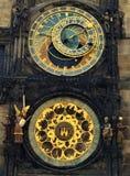 Astronomisk klocka i Praha, Tjeckien Arkivbild