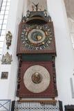 Astronomisk klocka i St Mary, Gdansk Arkivbilder