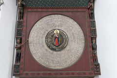 Astronomisk klocka i St Mary, Gdansk Arkivfoto