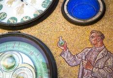 Astronomisk klocka & x28; orloj & x29; , Olomouc Arkivbild