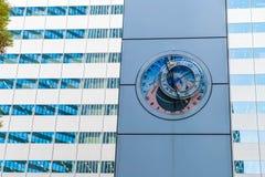 astronomisk klocka på shinjukuen, Tokyo royaltyfri bild