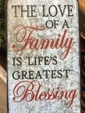 Astuces au sujet de l'amour d'une famille Photo stock
