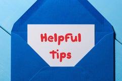 Astuces utiles, concept d'affaires, texte écrit au courrier Photo stock
