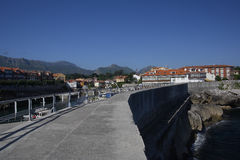 asturias espana llanes Arkivfoto