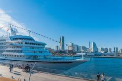 Asuka II am Osanbashi-Pier, Yokohama Stockfotografie