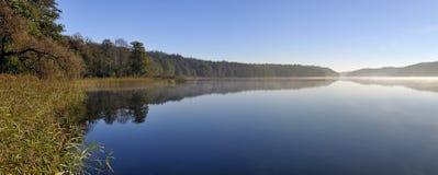 Asveja (Dubingiai) meer, Litouwen. Stock Afbeeldingen