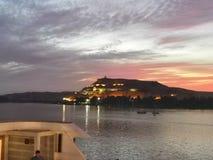 Aswan monterar ett minne royaltyfri bild