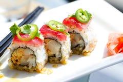 Atún del sushi y rodillo de los yellowtail Imagenes de archivo
