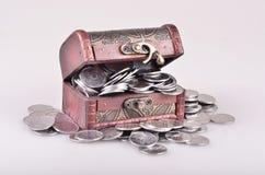 Ataúd con el dinero Imagen de archivo libre de regalías