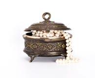 Ataúd con las gotas de la perla Imagen de archivo libre de regalías