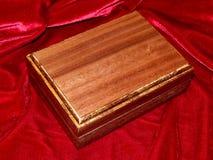 Ataúdes hechos a mano de madera sólida de la nuez Imagen de archivo libre de regalías