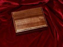 Ataúdes hechos a mano de madera sólida de la nuez Fotografía de archivo