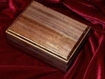 Ataúdes hechos a mano de madera sólida de la nuez Fotografía de archivo libre de regalías