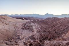 Atacama-Wüste, netter Sonnenaufgang aß Valle de La Muerte Stockbilder
