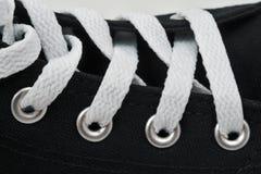 Atadura en las zapatillas de deporte Imagen de archivo libre de regalías