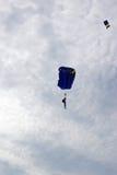 Ataque de los paracaídas Foto de archivo