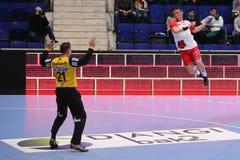 Ataque do handball Imagens de Stock Royalty Free