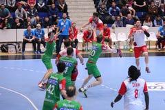 Ataque do handball Imagens de Stock