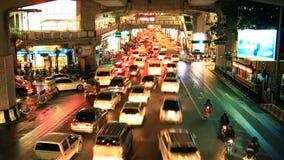 Atasco de Bangkok en la noche, lapso de tiempo metrajes