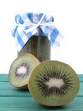Atasco del kiwi imagen de archivo libre de regalías