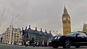 Atasco en el cuadrado de Westminster en Londres almacen de metraje de vídeo