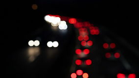 Atasco - hora punta en la carretera