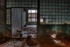 Atelier d'usine abandonnée Images libres de droits