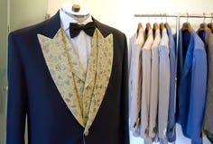 Atelier do vestido do homem foto de stock royalty free