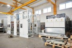 Atelier pour la production du panneau électrique Image libre de droits