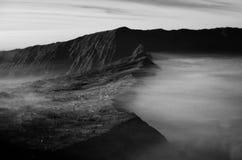 Atemberaubende Ansicht des Vulkans bei Bromo Bestehen aus aktivem Bromo,  Berg Batok,  und Berg semeru stockbilder