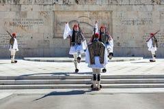 11 03 2018 Aten, Grekland - ceremoniellt ändra av vakten in Arkivfoton