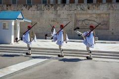 11 03 2018 Aten, Grekland - ceremoniellt ändra av vakten in Royaltyfri Fotografi