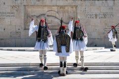 11 03 2018 Aten, Grekland - ceremoniellt ändra av vakten in Fotografering för Bildbyråer