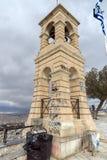ATEN GREKLAND - JANUARI 20 2017: Kyrka av St George på den Lycabettus kullen i Aten, Grekland Royaltyfri Fotografi