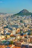 Aten med Mount Lycabettus Arkivfoto